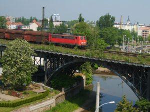 Chemnitztalviadukt_Kohlependel_im_Frühsommer